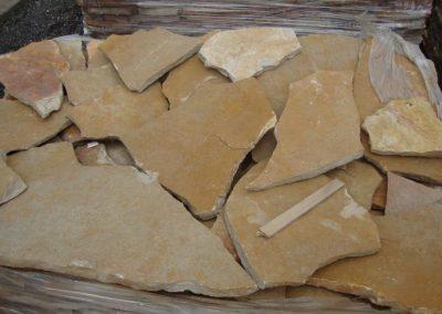 Scorza di Trani tipo gialla - i materiali di FAPA Edili